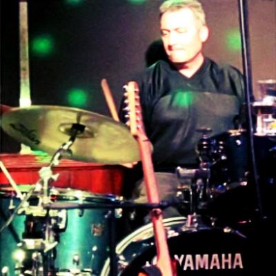 Ron-Neuhauser-drummer