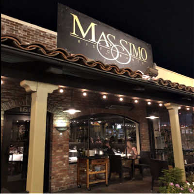 Massimo Ristorante, Walnut Creek, lit entry.
